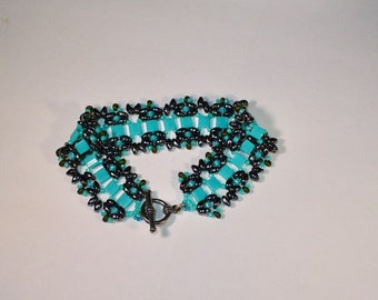 Beadwoven Bracelet in Turquoise
