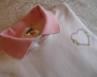 Pink Flower Heart Embellished White Sweatshirt with Pink Polo Collar - Small