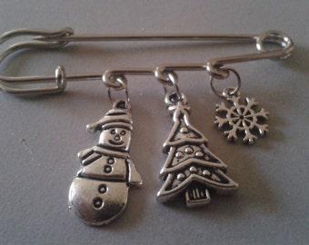 Brooch of Christmas
