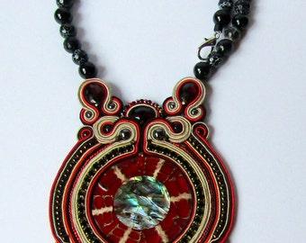 Soutache necklace with agates