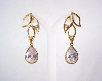 Gold and crystal  earrings    Great for brides or weddings