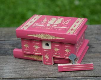 Teen preteen girls Unique gift, Small jewelry box wood, Secret box, Mystery box, Personalized birthday gift for her, Keepsake box, Magic box