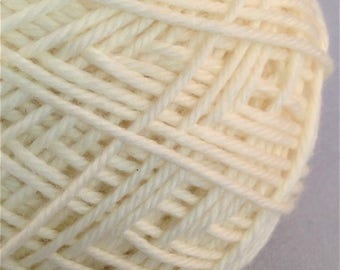 Undyed 8ply Merino Superwash Yarn - 50gm - Knitting Crochet Weaving Wool Fibre