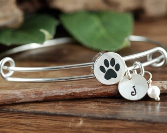 Personalized Pet Name Bracelet, Dog Paw Bracelet, Dog Paw Bangle Bracelet, Dog Mom Gift, Pet Mom Jewelry, Pet Jewelry, Gift for Dog Mom