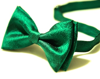 Bow Tie, Green Bow Tie, Wedding Bow Tie, Bow Tie for Men, Gift for Men, Gift for Dad, 100% Silk Gift for Husband, Silk Bow Tie, Tie