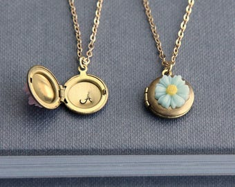 Personalized Locket, Locket Necklace, Initial Locket, Tiny Locket, Flower Locket, Personalized Necklace, Gift for Girl, Flower Girl Necklace
