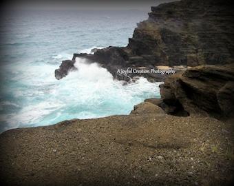 Oahu - Hawaii - photograph - Hawaii photo - Hawaii photography - ocean - Pacific Ocean - Waves - Waves photo - Oahu Cliffs - Cliffs photo