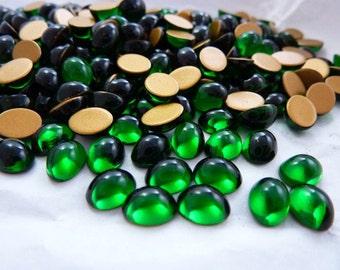 Vintage Swarovski 8x6 Oval Emerald Glass Rhinestone (12)