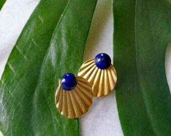Shells & Midnight Blue crustaceans