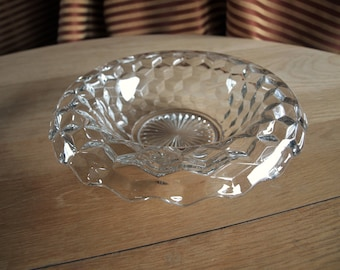 American Fostoria Large Serving / Centerpiece Bowl with Rolled Over Edge – Hard Find