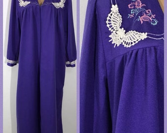 Vintage QUIET MOMENTS Purple Size 1X Polyester Robe