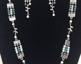 Silver and Pearl earring and necklace set