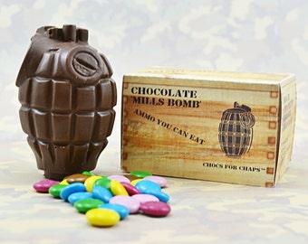 Milchschokolade Handgranate mit Schokolade überzogen Bohnen (Smarties)