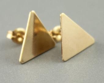 Geometic Triangle Stud Earrings, Triangle Stud Earrings, Small Gold Stud Earrings, Everyday Earrings, Small Triangle Studs, Gift Ideas