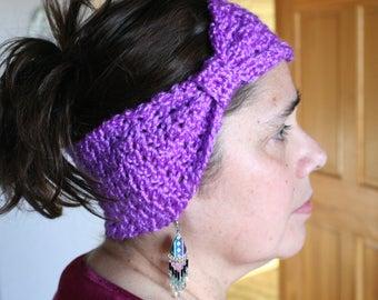 Woman's crochet headband