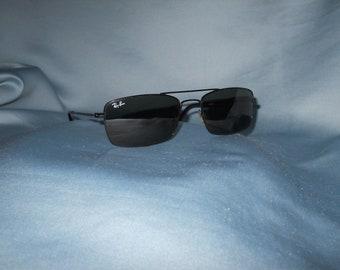 Genuine vintage Ray Ban sunglasses !