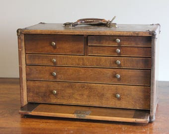 Vintage storage chest of drawers