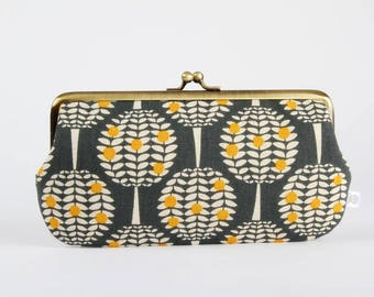 Frame purse with two sections - Citrus trees in charcoal - Wowlet / Kisslock wallet / Japanese fabric / Ellen Baker / Gray yellow