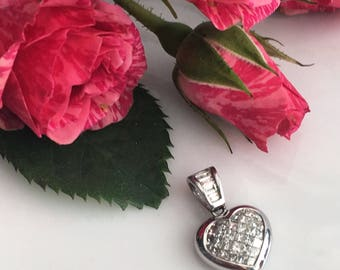 Vintage Heart 18K .5ct Princess Cut Diamond Pendant
