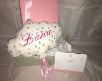Mobile baby gift set pink cloud with music box.