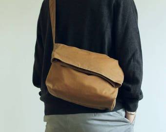 Waxed canvas handbag, waxed canvas purse, waxed canvas shoulder bag, sand messenger bag, unisex bag, mens waxed bag - The Sand Fold Top