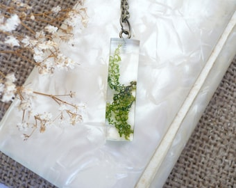 Real Moss Necklace - Real Moss Pendant - Resin Moss Jewellery - Resin Jewelry - Pressed Flower Necklaces - Terrarium Necklace