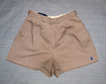Ladies vintage high waisted Ralph Lauren shorts XS. Khaki with blue embroidered logo.