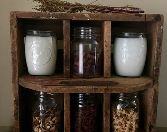 Farmhouse Candle  / Highly Scented / Over 75 Scents