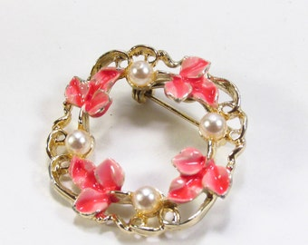 Vintage 1950's Gerrys pink flowers and white pearls circle brooch pin. Free ship to US
