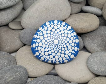 White Painted Rock - Blue Mandala Stone - Hand-painted Meditation Mandala Stone - Geometry - Mandala Art - Painted Stone - Paperweight