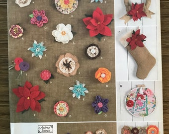 UNCUT Craft Pattern Fabric Flowers, Rosettes Simplicity 1601 Andrea Schewe