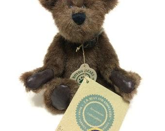 Boyds Bears Bearwear Brown With Collar Humboldt J B Bean Plush Stuffed Collectible