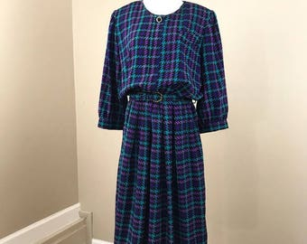 Vintage 80's Long Sleeve Pleated Houndstooth Belted Shirt Dress