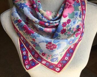 Vintage floral scarf - pretty scarf - feminine scarf
