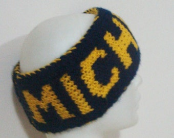 Personalized headband/ear warmer with a üniversity of michigan, hand knit, double knit, blue yellow, soft, warm.
