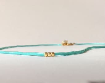 Turquoise bead skinny necklace, seed bead necklace, turquoise and gold short beaded necklace