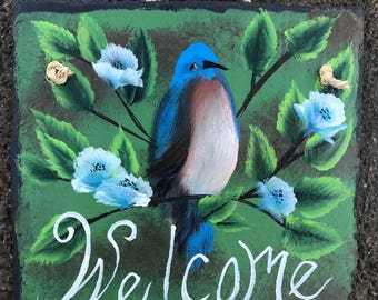 """Eastern BLUEBIRD Blue Bird Hand Painted WELCOME Roofing 10"""" x 10"""" Slate On Tree Black Background Plaque"""