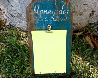 Honey Do List sign with stand, distressed note sign, fast shipping, fence wood,kitchen, memo board, rustic painted wood