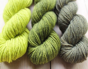 Mini skeins dyed hand - Fingering - Sw Merino and Nylon - 3 Minis 25/30 g-approximately 100 m per skein - Green