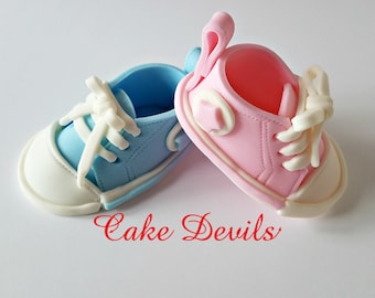 Gender Reveal Fondant Baby Sneakers Cake, Gender Reveal Ideas, Baby Shower Cake Topper, Baby Sneakers Cake decorations, Edible Baby Sneakers