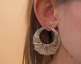 Boho Hoop Earrings / Oversized Sculptural Earrings / Southwestern Hoop Earrings / Costume Jewelry / Vintage 80s Hoop Earrings