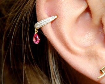cartilage earring in gold with diamonds and a vivid pink spinel