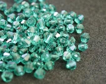 BICONE 4 mm Green No. 66 crisral 25