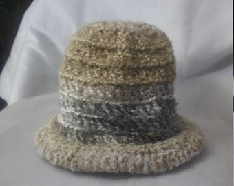 Rolled brim hat in neutral color