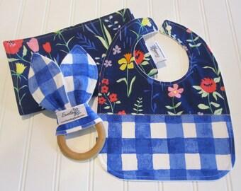 Newborn Gift Set/Infant Bib, Burp Cloth & Teether/Sommer/Organic Fleece Back