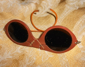 Nuclear Test Type Industrial Goggles (?) STEAMPUNK Mad Scientist -Antique Welding Goggles GOTHIC Air Pirate Style