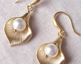 Gold Cala Lily Earrings with Pearls