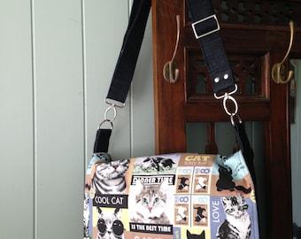 Large messenger bag, adjustable strap