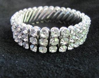Vintage 1940s Rhinestone Expandable Bracelet