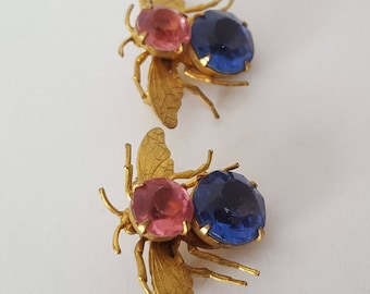 Vintage Bumble Bee Twin Pins, midcentury twin brooch set, Bee jewelry